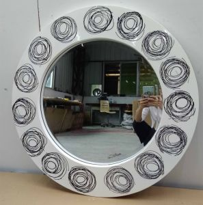 Loops Art Round Modern Decorative Wall Mirror (LH-M17012) pictures & photos