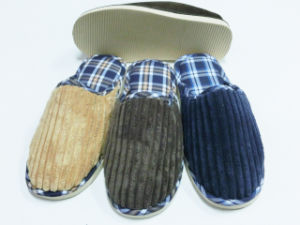 Winter Indoor Warm Men Nice Warm Slipper for Men pictures & photos