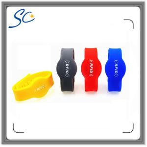13.56MHz S50/Ntag213 NFC Wristband with Silkscreen Printing Logo pictures & photos