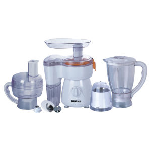 Multiple Functions 6-in-1 Large Capacity Food Processor pictures & photos
