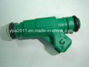 Fuel Injector for Peugeot 206 pictures & photos