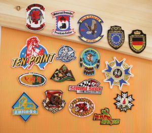 A01 Embroidered Badges with Cutting Border pictures & photos