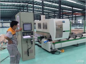 4 Axis CNC Milling Machine for Aluminum Profile in Window Industry pictures & photos