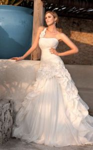 Wedding Dresses (5607)