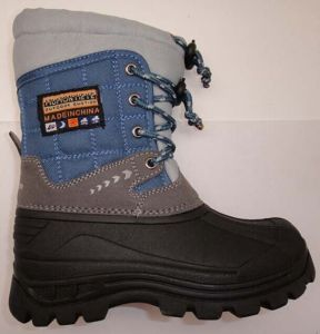 2016 New Style Injection Boots in High Quality (SNOW-190013) pictures & photos