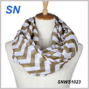 2015 Hot Sale Fashionable Chevron Infinity Scarf Wholesale pictures & photos