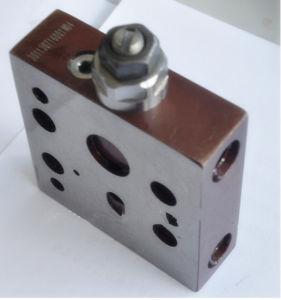 Komatsu Replacement Parts PC200-6 Pressure Valve 723-40-70100 pictures & photos