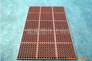 Hollow Hole Anti-Fatigue Oil Resistant Kitchen Mat pictures & photos