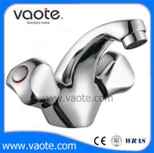 Common Double Handle Basin Faucet/Mixer (VT61603) pictures & photos
