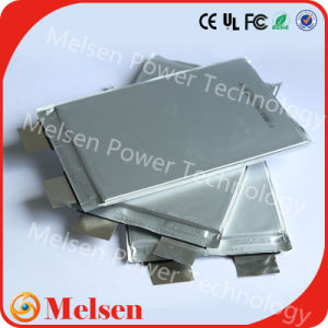Storage Batteries 3.2V 20ah 30ah 12.5ah LiFePO4 Battery Cell pictures & photos