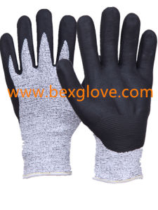 Nitrile Coating, Micro-Foam Finish, 13 Gauge Anti-Cut Liner, Cut Resistance up to Level 5, Work Glove pictures & photos