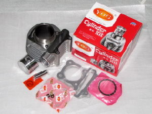 Yog Motorcycle Engine Spare Parts Cylinder Complete Piston Rings Set Gasket Kit Scooter Gy6-125 Gy6-150 pictures & photos