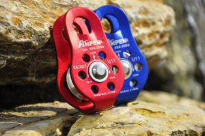 Anpen CE En 12278 Light Weight Climbing Rescue Pulley (U11) pictures & photos