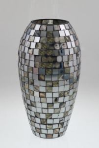 New Design Glass Mosaic Candle Holder for Holiday pictures & photos