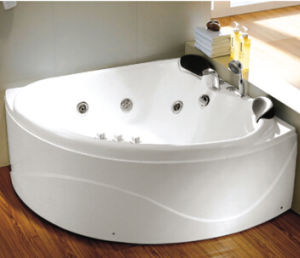 China Two Person Small Size Bathtubs 1300x1300mm Triangle Massage