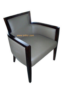 (CL-1129) Luxury Hotel Restaurant Furniture Wood Dining Chair with Arm pictures & photos