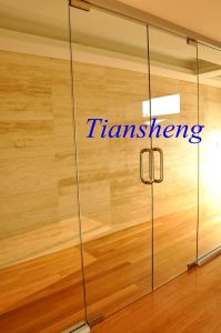 Frameless Pivot Entry Door, Multifold Glass Door, Concertina Folding Door pictures & photos