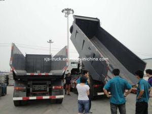8X4 Sinotruk HOWO Dumper (ZZ3317N3067W) pictures & photos