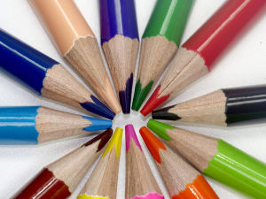 Rainbow Color Pencil for Children Painting, Non-Toxic and Odor-Free, Safe for Children Use