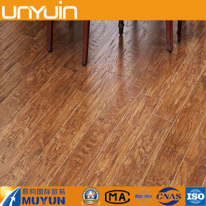 Wooden PVC Floor Tile Building Material for Home Decoration pictures & photos