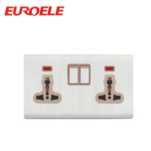2 Gang 13A Switched Socket Universal Wall Socket with Light pictures & photos