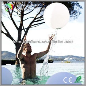 LED Glow Swimming Pool Ball /Solar LED Ball Light Outdoor pictures & photos