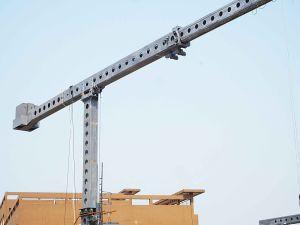 ISO9001telescopic Jib Building Mmaintenance Units Bmu pictures & photos
