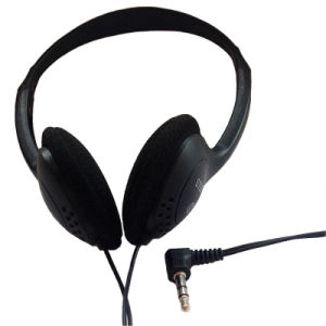 Newest and Latest 3.5mm Stereo Wired Earphone Headset pictures & photos