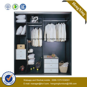New Design High Quality Wooden Wardrobe Closet /Bedroom Furniture (HX-LC2255) pictures & photos