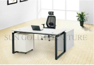 New Design Metal Foot Cleverish CEO Office Desk (SZ-ODL318) pictures & photos