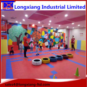 Smooth Plastic Floor Glaze Surface Floor Roller Skating Flooring Grain Pattern Surface Sports Flooring pictures & photos