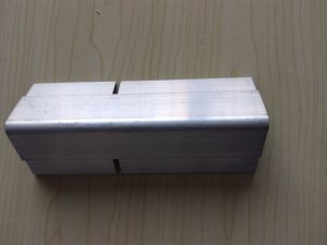 Aluminium Angle with Two Edge pictures & photos