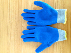 Hppe/Nylon Safety Gloves with Unti-Flame TPR Sewing pictures & photos