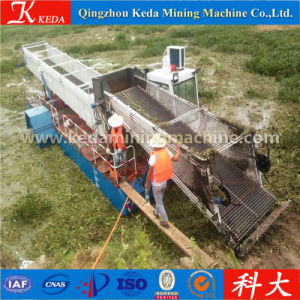 Full Automatic Hydraulic Operation Water Hyacinth Harvester pictures & photos