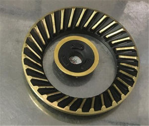 High Quality Stainless Steel Rotary Brass Burner Cap Gas Cooker Jp-Gc226 pictures & photos