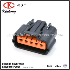 5 Pin Female Waterproof Type Automotive Electrical Connectors for Toyota pictures & photos