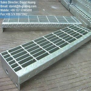 Galvanized Electro Forged Step Treads From Steel Grating pictures & photos