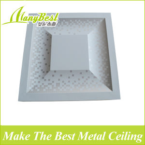 2017 New Embossed Design Metal Clip in Ceiling Tiles pictures & photos