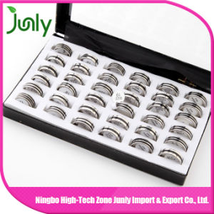 Fashion Popular Personalized Finger Ring Designs Engagement Ring pictures & photos