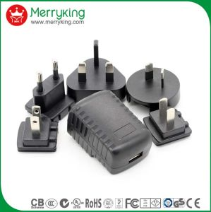 Universal Interchangeable AC Plug Power Supply 5V 2.1A Portable Adapter pictures & photos