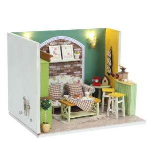 Handcrafted with Light and Furniture Small DIY Doll House pictures & photos