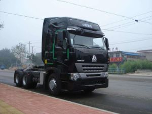 Sinotruk Heavy Duty Hauling Load Truck with 10 Speed Gear Box pictures & photos