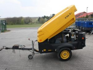 Atlas Copco Portable Screw Air Compressor (XAS67Dd) (19.7m3/min 25bar) pictures & photos