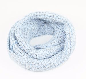 Latest Trendy Knitted Neck Warmer with Shiny Tape Yarn pictures & photos