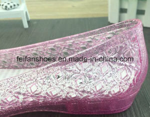 Lady Latest Summer High Quality Crystal Jelly Sandals (FF614-3) pictures & photos