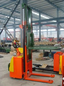 1.6~5.3m Electric Hydraulic Stacker with High Quality pictures & photos