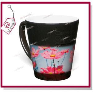 12oz Glossy Black Color Latte Heat Sensitive Color Changing Mug pictures & photos