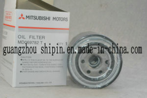 Auto Parts Oil Filter OEM Md069782 for Mitsubishi pictures & photos