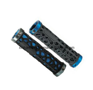 Plastic and Rubber Bicycle Grips for Mountain Bike (HGP-013) pictures & photos