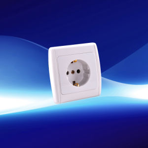 1 Gang Wall Socket with Earthing (YW21106) pictures & photos